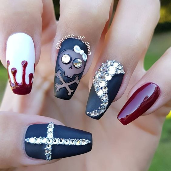 53 Unique And Creative Halloween Acrylic Nail Designs , Page