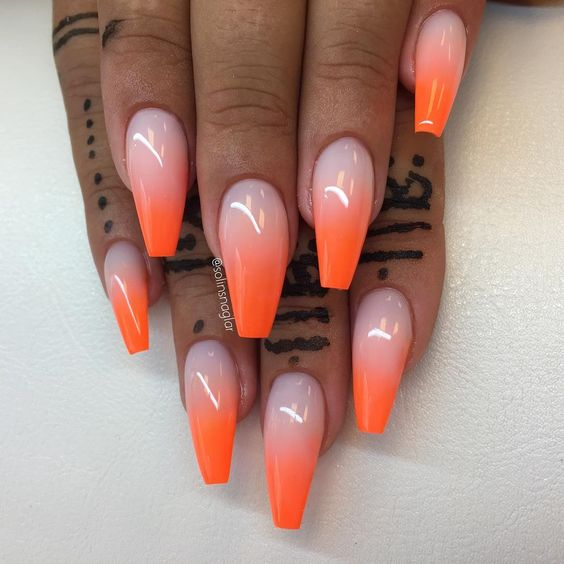 32 Trendy And Glamorous Ombre Coffin Nails For Your Inspiration