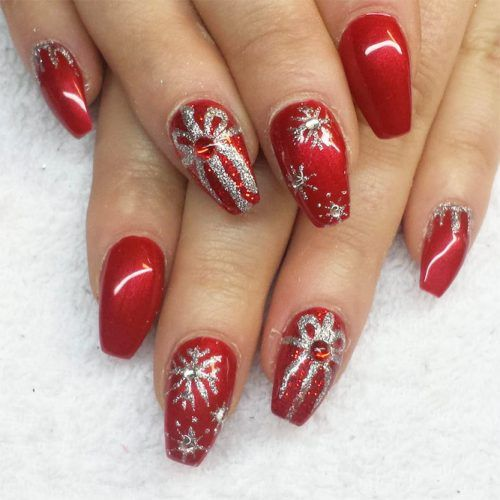 Red Xmas Acrylic Nails: 38 Amazing Christmas Nail Ideas For 2018