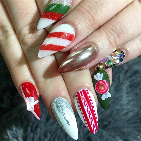 28 most beautiful and elegant christmas stiletto nail