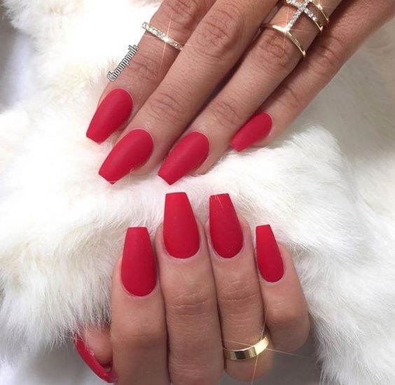 30 Eye-catching Red Nail Art Designs to Show Your Style - Page 28 of