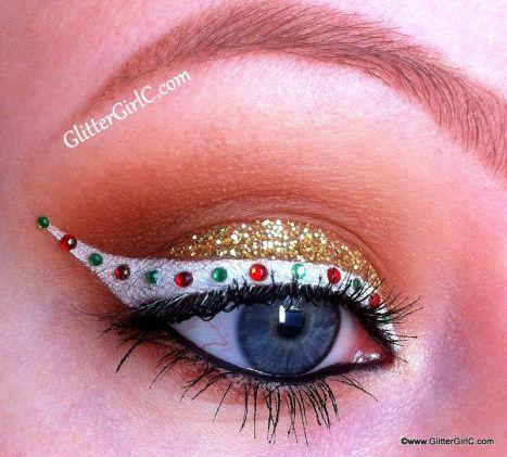 31 Stunning Christmas Makeup Looks You'll Love; Christmas makeup ideas; Christmas makeup looks; Christmas Eye makeup; Glitter Christmas makeup ideas.