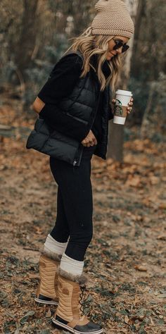 35 Best Winter Outfits To Copy Right Now; Winter outfits; Fall outfits; winter outfits casual; cold winter outfits; outfits for work.