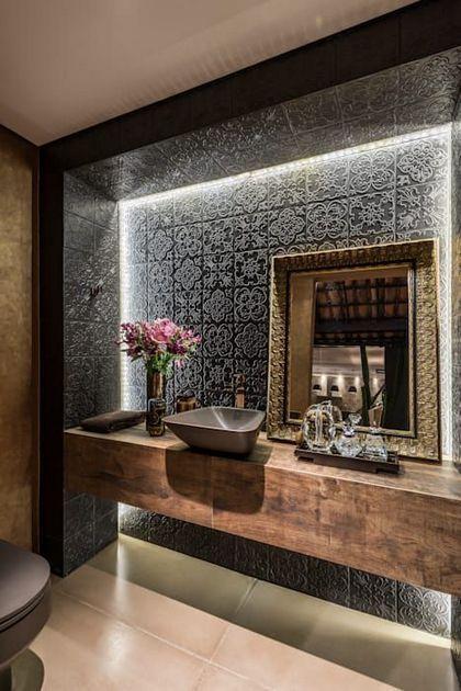 24 Amazing Bathroom Mirror Designs