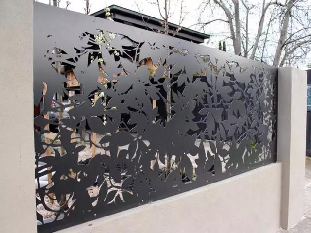 41 Gorgeous Modern Fence Design Ideas To Enhance Your Beautiful Yard